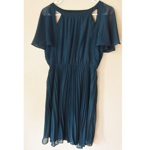 Grecian Style Cut-Out Flutter Sleeve Dress